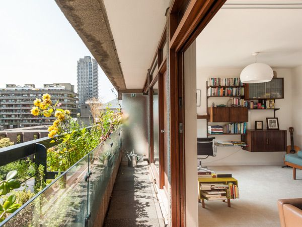 This Barbican Estate apartment is the finest achievement of the architects Chamberlin, Powell & Bon.