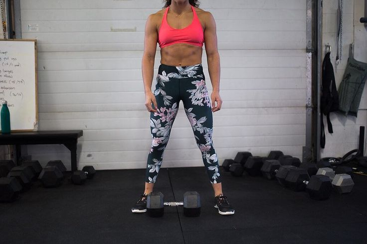 Strong like a woman.  Crossfit athlete @nyngee looking unbelievable in some of our newest gear. Shop this look at the link in our bio  . . . Don't miss our next pop-up next Thursday Jan 19th at both @barrebodystudio locations! Check bio for times  @sancianicole  #canadianmade #thesweatlife #localbusiness #crossfit #athlete #strongwomen #strongasawoman #ethicallymade #locallyowned #popupshop #yycfit #yegfit #yvrfit #strength