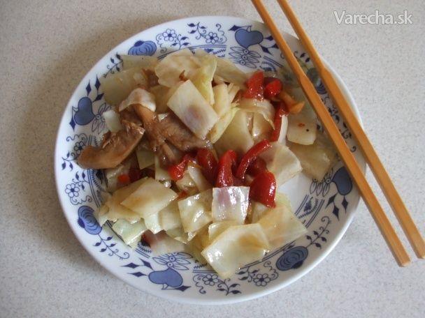 Salát z hlávkového zelí (fotorecept)