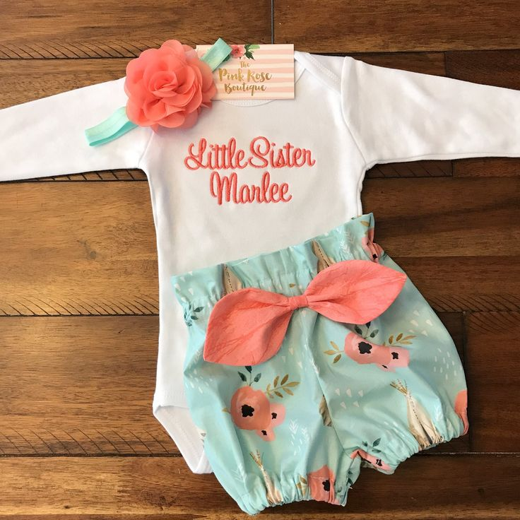 Floral Tee Pee Bloomer Set - Newborn Girl Going Home Outfit