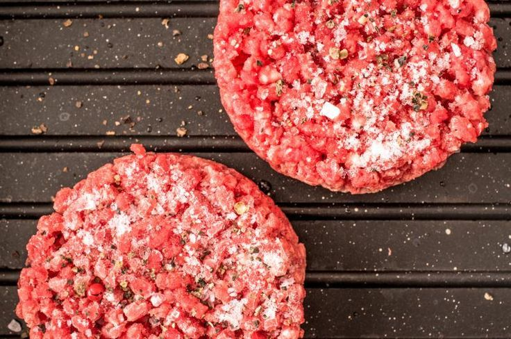 How to Cook a Frozen Hamburger Patty on a George Foreman Grill