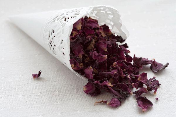Make your own petal confetti and confetti cones | PosyRosy