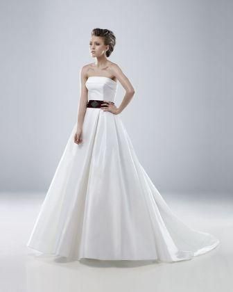 #Modeca #Megan #sales #weddingdress #bridaldress #eskuvoiruha #akcio #IgenSzalon