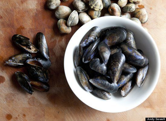 How To Prepare Fresh Mussels