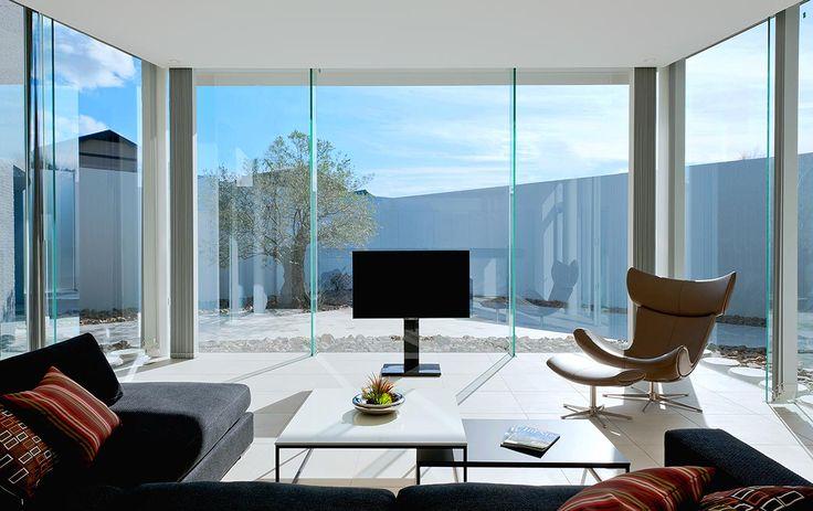 ダイナミックに翼を広げる 建築実例 高級注文住宅│アーネストアーキテクツ