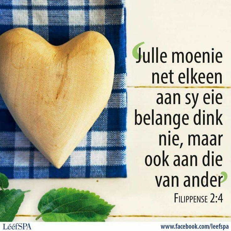 Filippense 2:4
