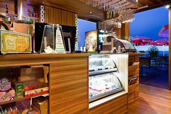 Дизайн интерьера книжного магазина c кафе