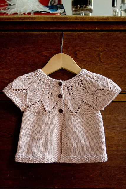 Free knitting pattern for Autumn Leaves baby cardigan plus more baby cardigan knitting patterns at http://intheloopknitting.com/free-baby-cardigan-sweater-knitting-patterns/