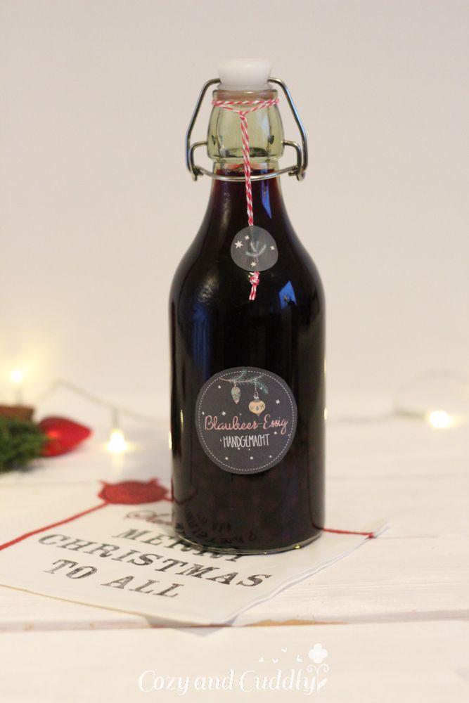 Adventskalender Türchen Nr. 8: Heidelbeer-Essig - Geschenk aus der Küche