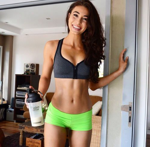 A List Of 25 Cheap Whey Protein Powder Options : Protein Powder For Women