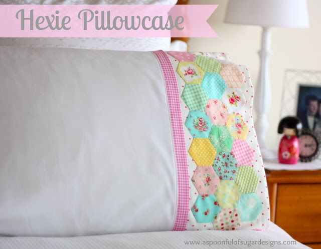 Hexie Pillowcase - A Spoonful of Sugar ^