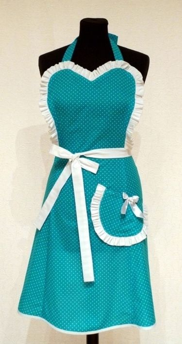 Butterflies and Hurricanes: The Judith apron (including tutorial), cute little Christmas gift idea