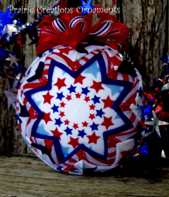 257 best Quilted Ornaments images on Pinterest | Quilted ornaments ... : quilted fabric ornaments - Adamdwight.com