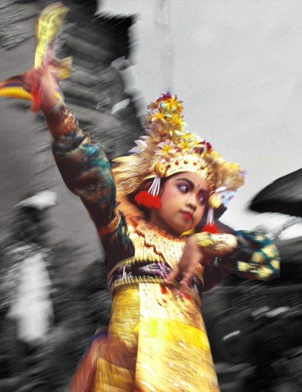A young Balinese dancer performing at a local temple. Photo courtesy of the ultra talented Rio Helmi. www.riohelmi.com