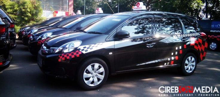 Bhinneka Taksi merupakan jasa transportasi online yang ada di Cirebon