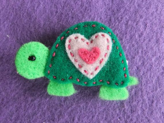 Green Turtle Felt Hair Clippie with Pink Heart Shell by CrowesNest, $3.75