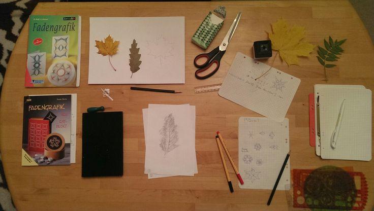 Mein Fadengrafik-Arbeitsplatz. Erste Vorlagen aus Heften werden geübt und auch eigene Kreationen entworfen. nr.1