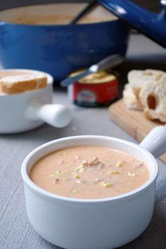 Salmon Chowder with Yuca (Sopa Cremosa de Salmão com Mandioca)