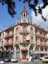 http://www.beyondtheforest.com/Romania/Oradea.html
