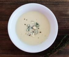 Recipe Cauliflower, Potato and Blue Cheese Soup by Caroline Novinc - Recipe of category Soups