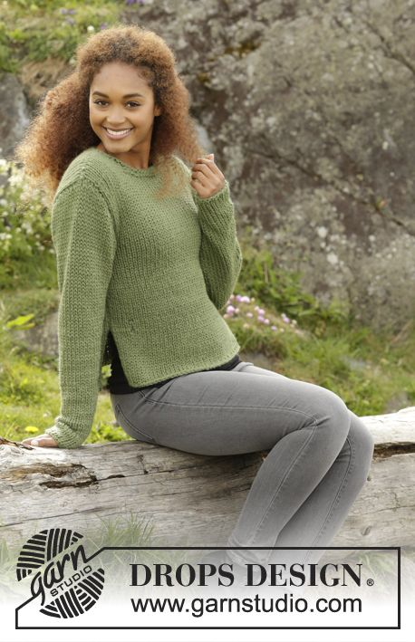 Knitted DROPS jumper with vents in the side and roll edge in Andes. Size: S - XXXL. Free pattern by DROPS Design.