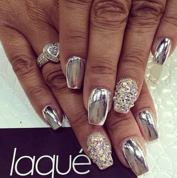 Full set chrome nails with Swarovski and minx #laque