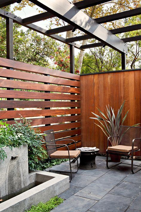 Exterior wood slat design  Use this for the balcony to help avoid all the dirt from blowing on it.   Teak wood exterior | mid Century Modern patio | outdoor living | so cal style    La Caada Mid Century, La Cañada Flintridge, 2009 - JAMIE BUSH + CO