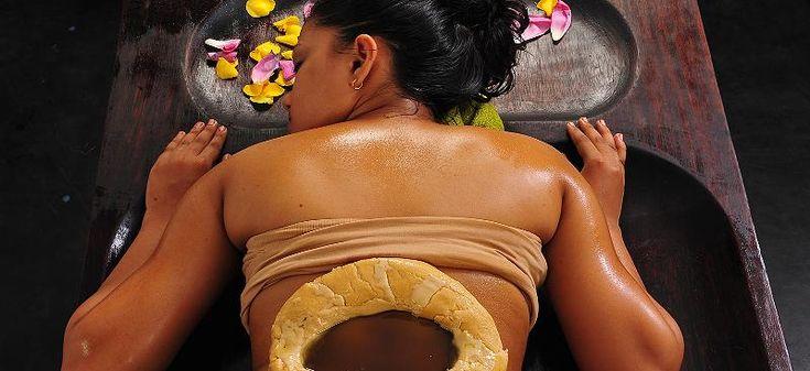Sie ist ein Teil einer Jahrtausende alten Medizin: Die Ayurveda-Massage. An Aktualität hat diese Form des bewussten Lebens nicht verloren. Vor allem im Wellnessbereich kommt die Behandlung zum Einsatz. Doch Ayurveda kann mehr sein als eine Ölmassage.