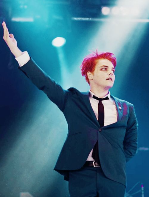 Gerard Way ~ Hesitant Alien show in Reading, UK