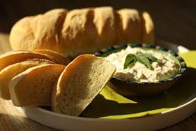 U nás na kopečku: Hermelínová pomazánka+ venkovská bageta