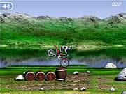 Bike Mania Flash Game. Bike Mania has the ultimate trail bike courses which must be completed to show you are a true champion. Play Free Fun Bike Games Online.