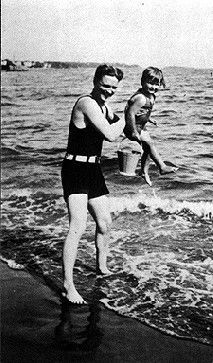 F. Scott and Scottie Fitzgerald - 1924 - The Riviera, France - @~ Mlle