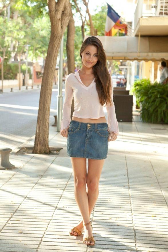 Lorena Garcia | Hot Women