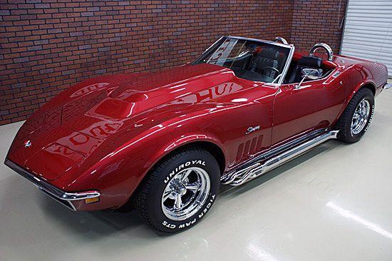Gorgeous '69 Vette Stingray Roadster