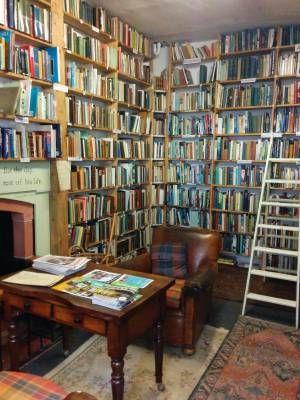 Viaggio tra le librerie indipendenti scozzesi, tra Glasgow e Wigtown