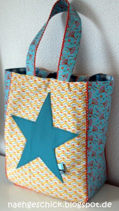 lillesol & pelle Schnittmuster/ pattern: Schultertasche Star