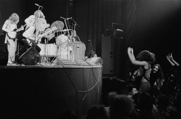 English rock group Mott the Hoople performing at the Rainbow Theatre London 14th November 1971 From far left Mick Ralphs Pete Overend Watts and Ian...