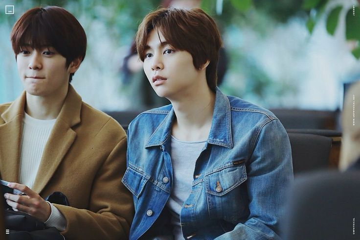 160211 Smrookies Johnny & Jaehyun at ICN Airport - BKK Intl