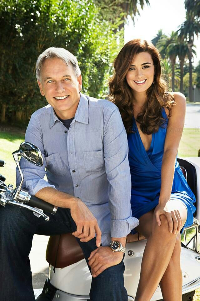 Mark Harmon & Cote de Pablo. They are so adorable ♥