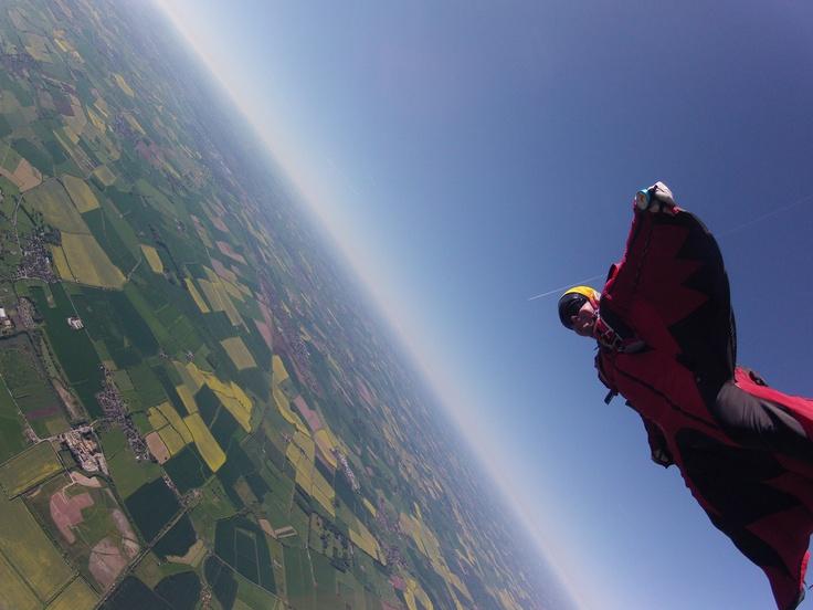 University of Nottingham Skydive Club  www.skysoc.com