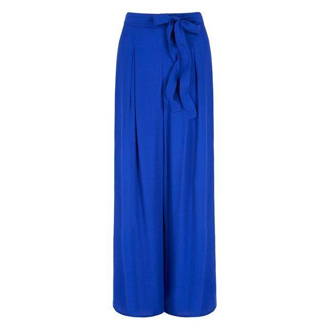 Pantalon large YUMI : prix, avis & notation, livraison.  Pantalon Palazzo Yumi. Ce pantalon jambe large Palazzo est indispensable pour votre garde-robe estival et est disponible en beige, bleu cobalt et noir. Avec sa ceinture ruban et son nœud élégant sur le devant, ce pantalon tendance est confortable et chic. Donnez-vous un look plus habillé ou décontracté avec un mélange de hauts moulants et amples.