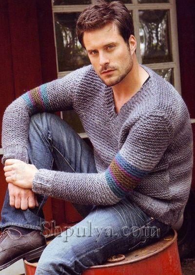 Мужской пуловер V-образным вырезом из меланжевой пряжи