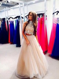 A-Line/Princess High Neck Sleeveless Floor-Length Net Prom Dress With Beading