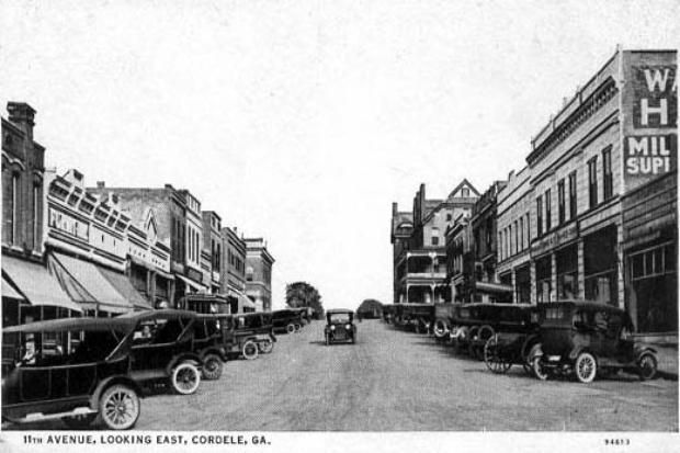 Cordele, Georgia. My home town. I recognize the Swanee Hotel in the back. Wonder what year this was?