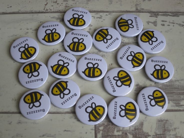 Bumble bee buzzzz badges for a school. – Button badges