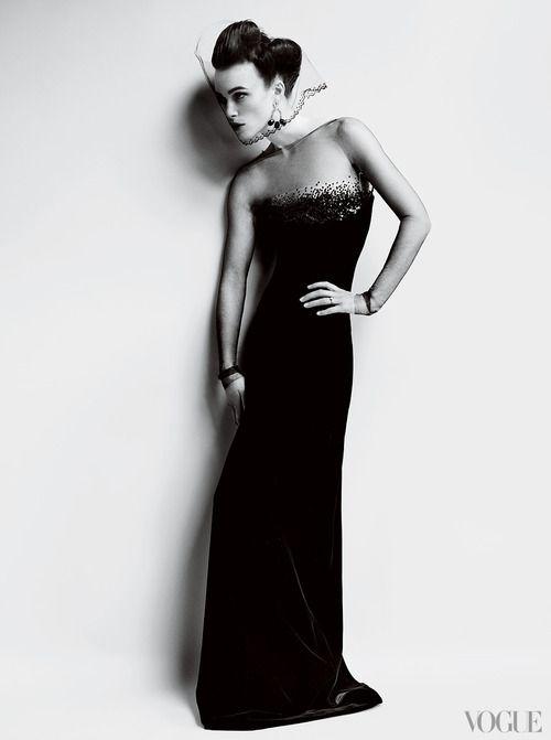 Keira Knightley by Mario Testino for Vogue US Oct 2012Mario Testino, Keiraknightley, Anna Karenina, Keira Knightley, October 2012, Digital Cameras, Vogue Magazines, Grace Coddington, Vogue October
