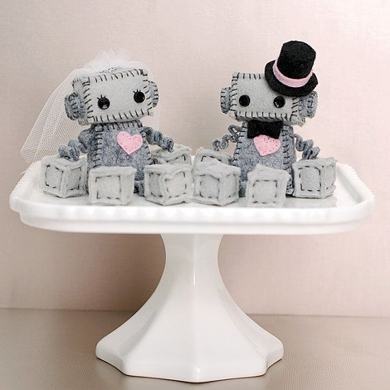 Mini Robot Cake Toppers for a Geek Wedding or a от GinnyPenny