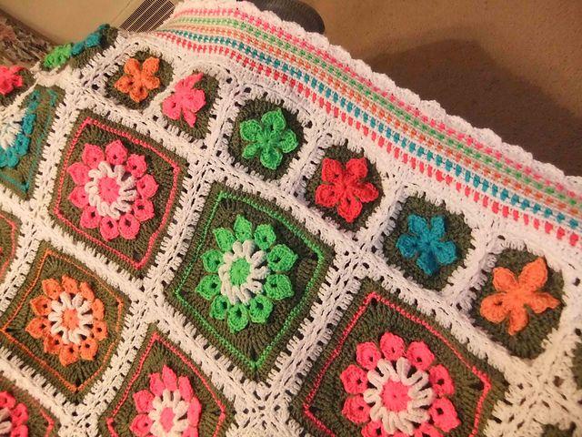 183 best crochet flower afghans images on pinterest crochet ravelry simple 10 petal afghan square pattern by joyce lewis dt1010fo