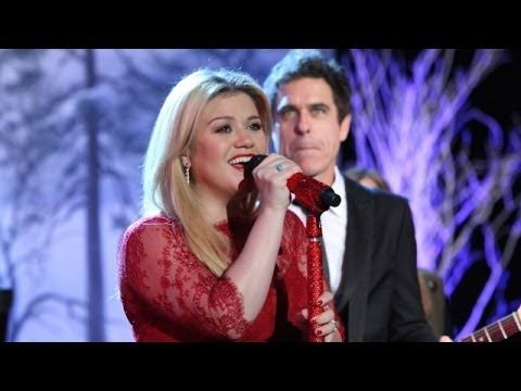 Best 25+ Kelly clarkson christmas song ideas on Pinterest | Amy ...