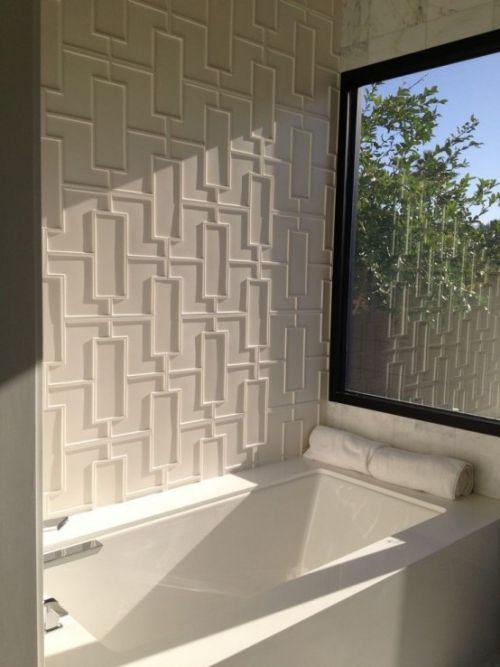 Akzentwand Moderne Wandgestaltung 3d Paneele Modernes Bad In Weiss Wohnen Wandgestaltung Badezimmer Moderne Wandgestaltung Akzentwand 3d Wandplatten